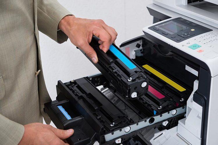 Replacing-toner-cartridge scaled
